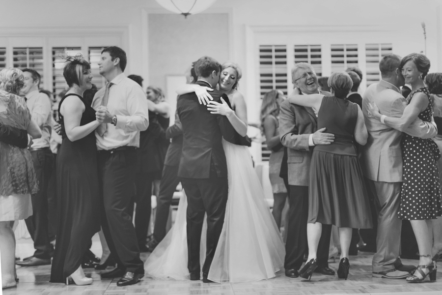 Best Las Vegas Wedding Photographer Pictures. Four Seasons Wedding Reception Dancing.