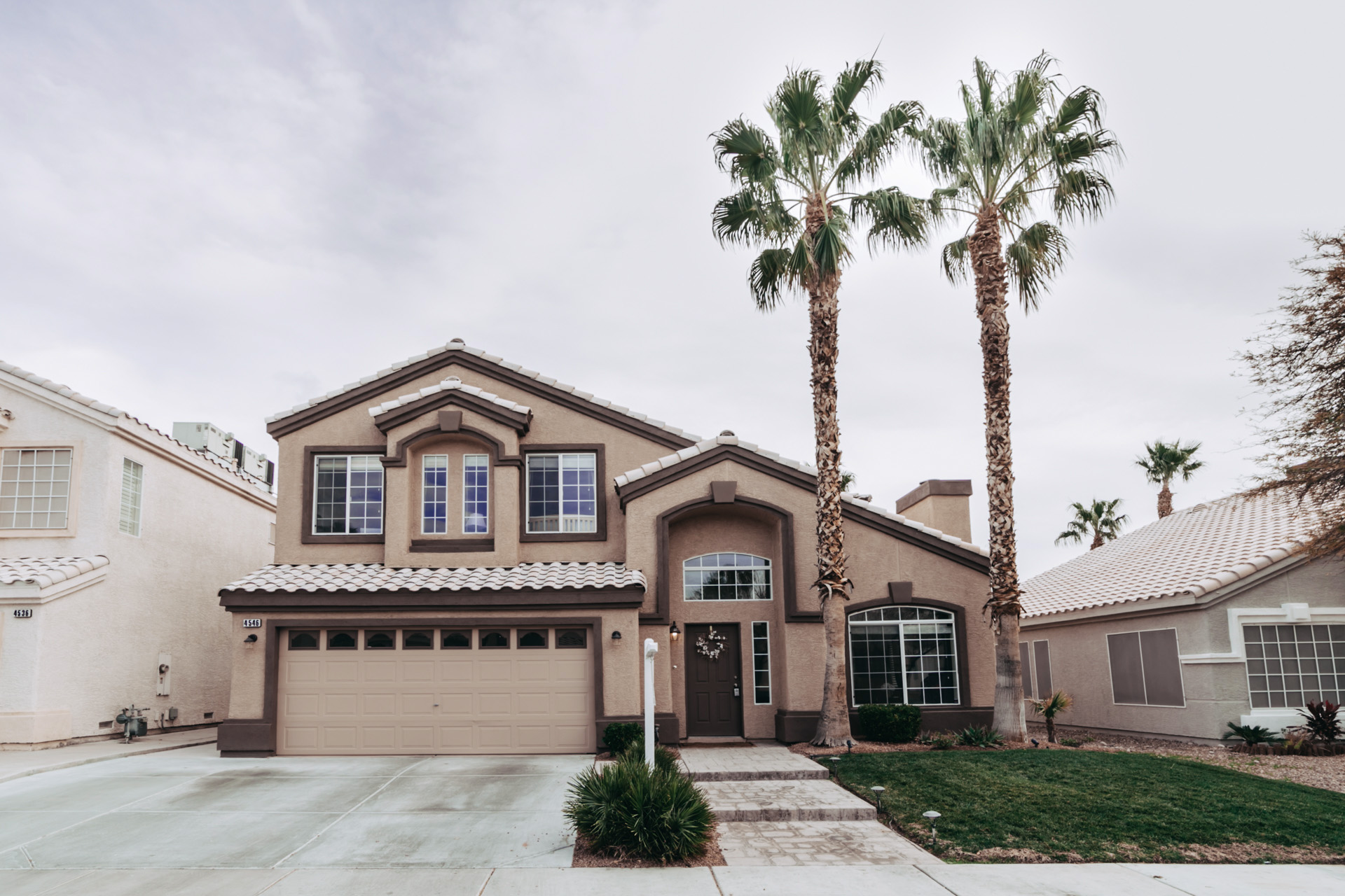 Las Vegas Real Estate photography pictures. Residential real estate home photography.