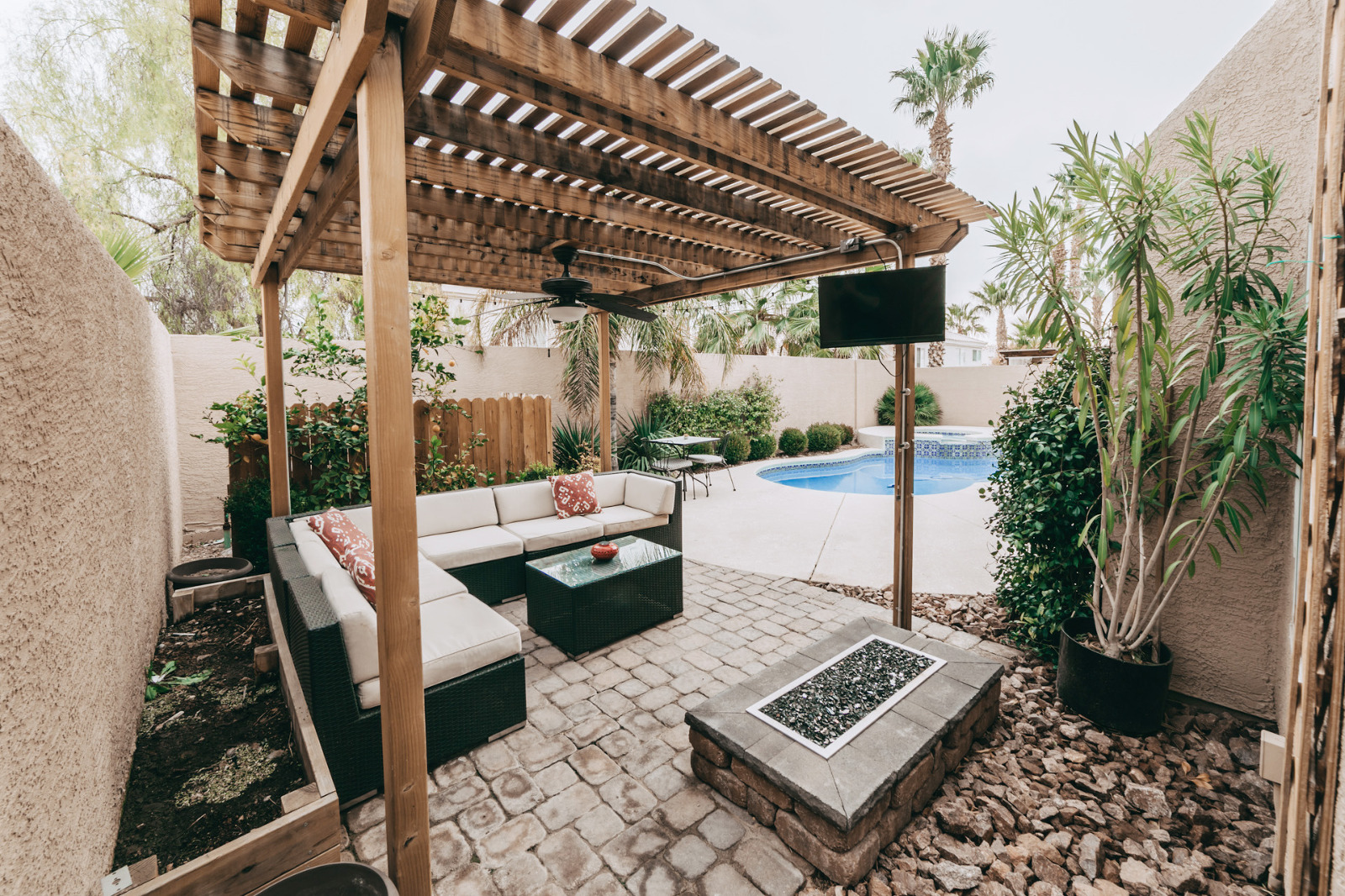 Las Vegas Real Estate pictures. Backyard fire pit and patio furniture.