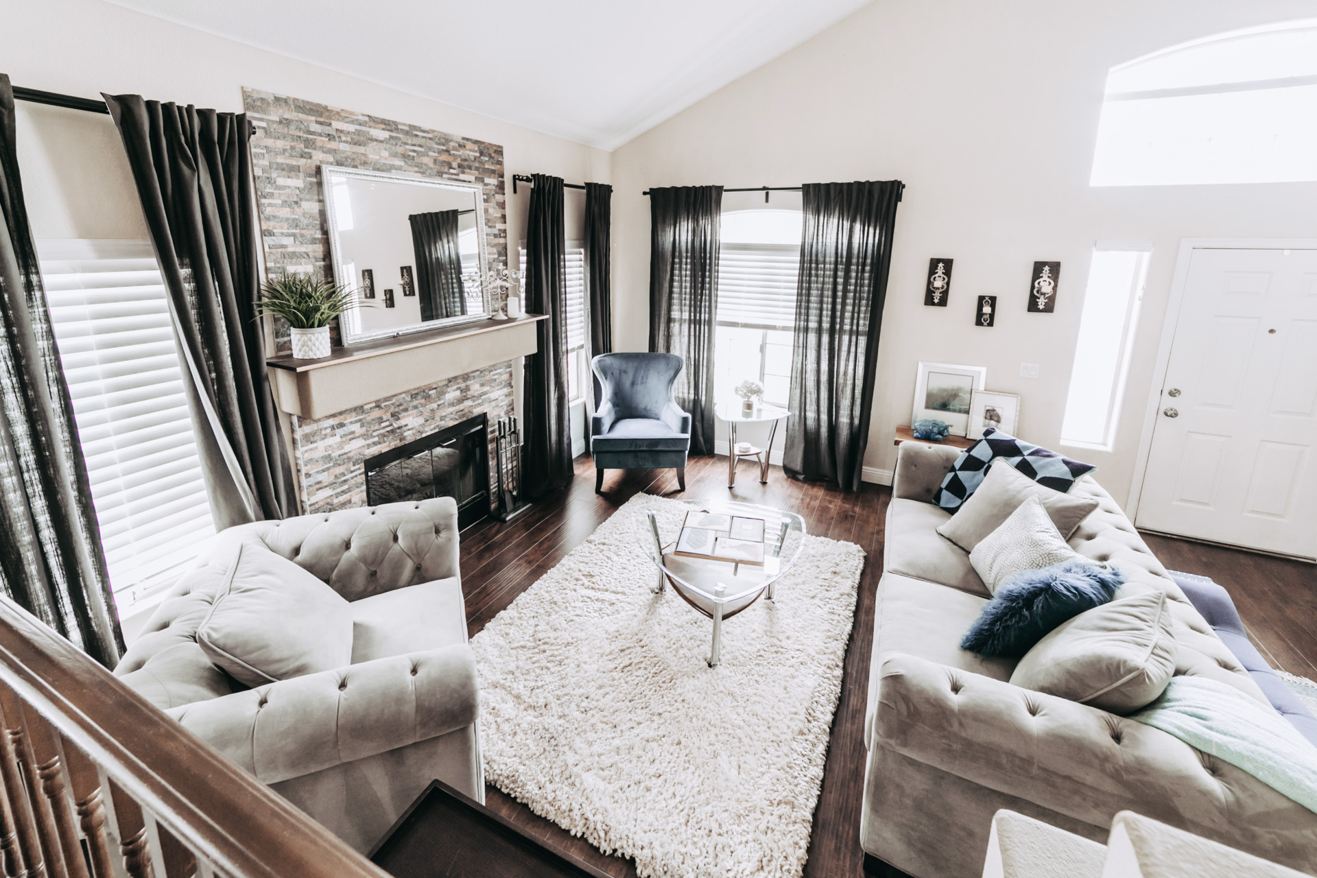 Living room pictures of residential home for sale. Real Estate Las Vegas photography pictures.